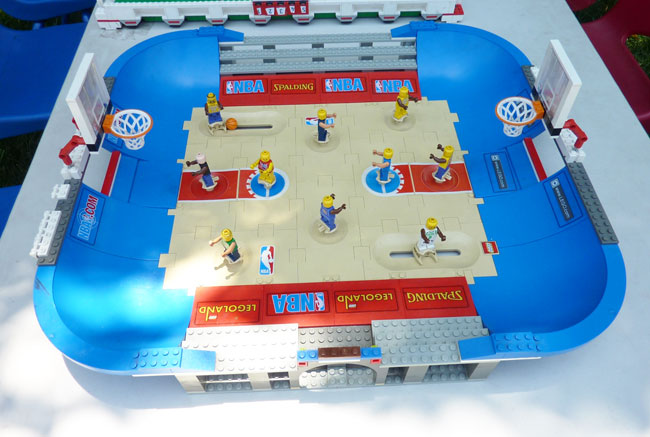 LEGO basketball game comes with the Best Lego Party